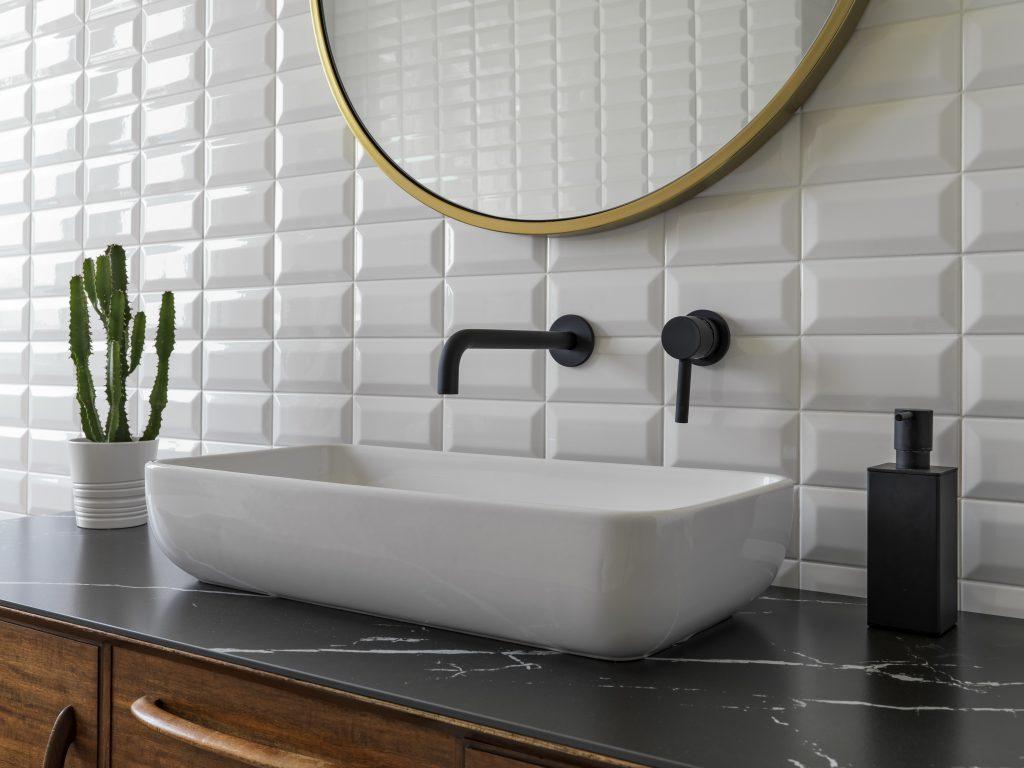 きれいな洗面所、鏡