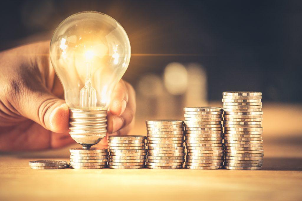 お金と電球